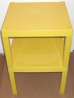 Vintage Contemporary Style Square Bright Yellow Plastic Two Tier End Table NICE! Contemporary Two Tier