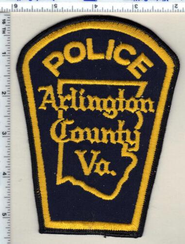 Arlington County Police (Virginia) Uniform Take-Off yellow Shoulder Patch 1980