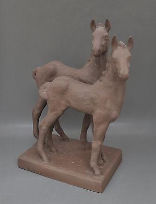 Karlsruher Majolika 2 Fohlen Pferde Entwurf Else Bach