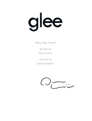 Darren Criss Signed Glee NEVER BEEN KISSED Episode Script Blaine COA
