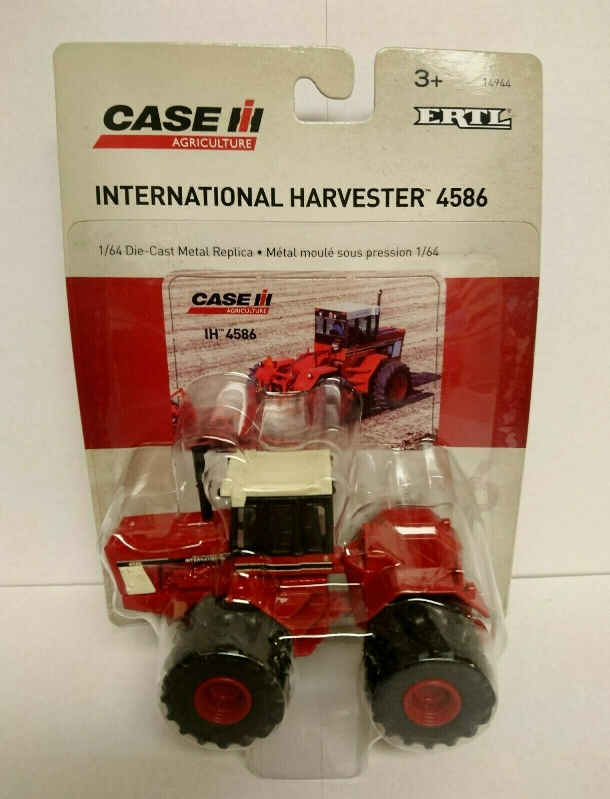 ERTL International Harvester Case IH 4586 4WD Tractor with Duals - NIP 1:64 HTF!