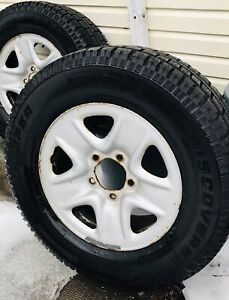 Winter Tires Tundra Truck R18 with Rims