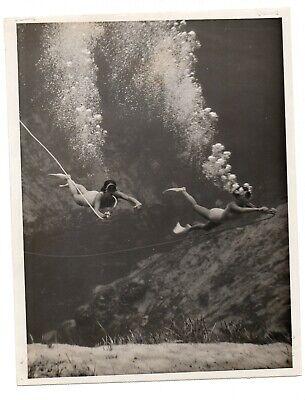 Vtg Original Press Photo NBC TV Underwater Swimmer SCUBA Wide Wide World