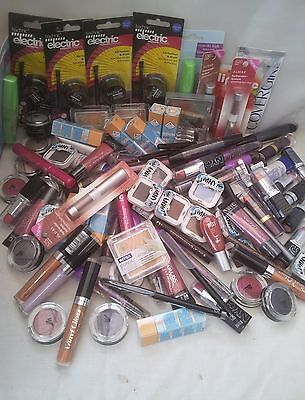 26x MIXED BRANDED MAKE UP WHOLESALE BUNDLE