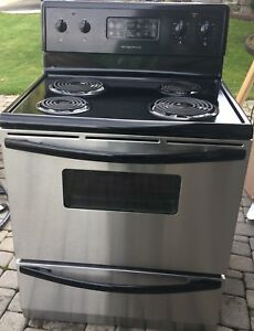 Stainless Steel Frigidaire Stove *Like New*