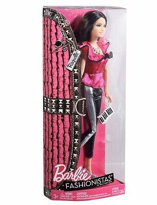 Barbie Fashionistas Raquelle 2011 NRFB.