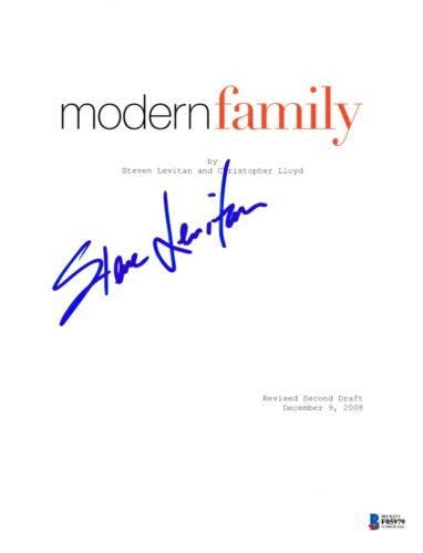 STEVE LEVITAN SIGNED MODERN FAMILY PILOT SCRIPT BECKETT BAS AUTOGRAPH AUTO