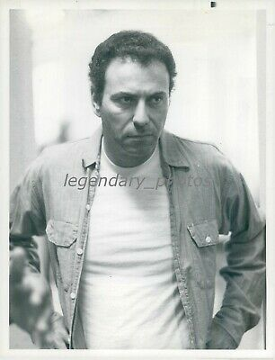 1977 Actor Alan Arkin In Escape From Hell Original News Service Photo - $14.99