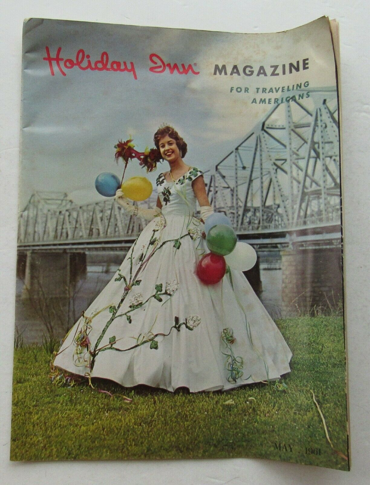 Holiday Inn Magazine for Traveling Americans 1960's Miss Dixie Belle Cotton Car