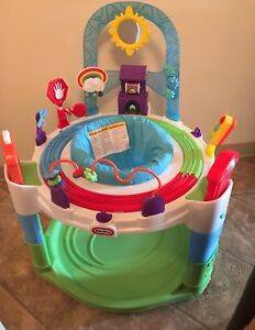 Infant play Center exersaucer