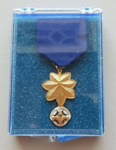 ROYAL RANGERS Late 70's early 80's District Leaders Medal /w Square Edge Emblem