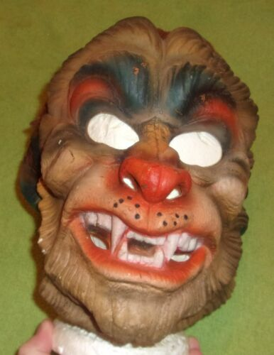 vintage Festival Werewolf rubber mask 1981 rare horror Halloween display
