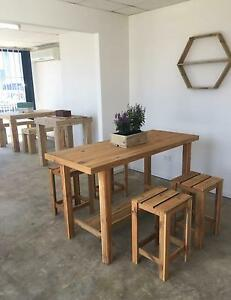 Table and 4 stools new Highland Park Gold Coast City Preview