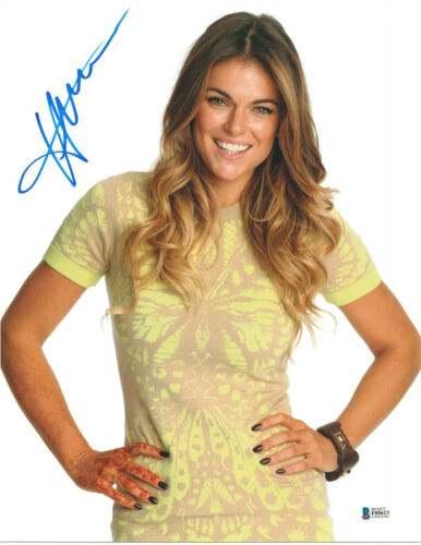 SERINDA SWAN SIGNED 11X14 PHOTO GRACELAND BECKETT BAS AUTOGRAPH AUTO D