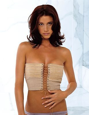 Shannon Elizabeth Unsigned 8X12 Photo  22