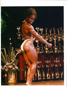LENDA-MURRAY-Female-Bodybuilding-Muscle-ORIGINAL-Color-Photo-With-Autograph