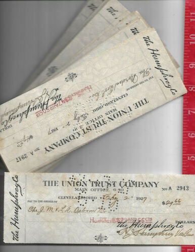 Vintage lot 100 checks from the Humphrey Company Cleveland Ohio 1920