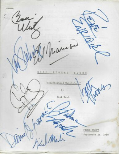 Hill St. Blues (1980) original script signed by cast of 9 (see description)