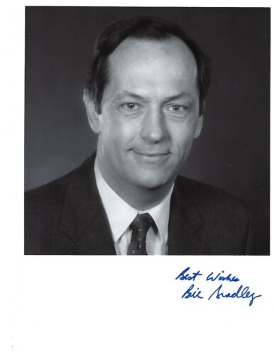 "Bill Bradley Former Senator from New Jersey Signed 8""x10 "" Photo"