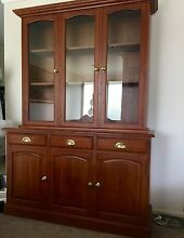 Tasmanian oak buffet hutch Carindale Brisbane South East Preview