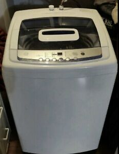 Like new apartment GE 3.0cf portable washer w/wheels...canDelive