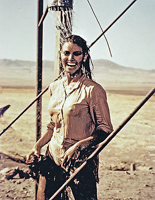 RAQUEL WELCH WET SHIRT 100 RIFLES PUBLICITY PHOTO