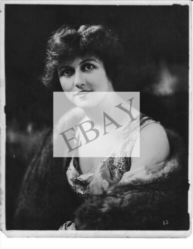"ORIGINAL PUBLICITY PHOTO FOR ""PEGGY HYLAND"" SILENT SCREEN STAR"