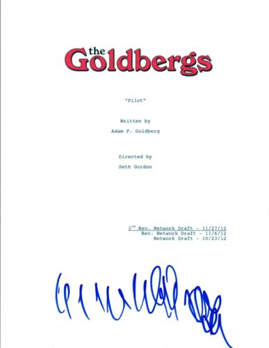 Wendi McLendon-Covey Signed Autographed THE GOLDBERGS Pilot Episode Script COA