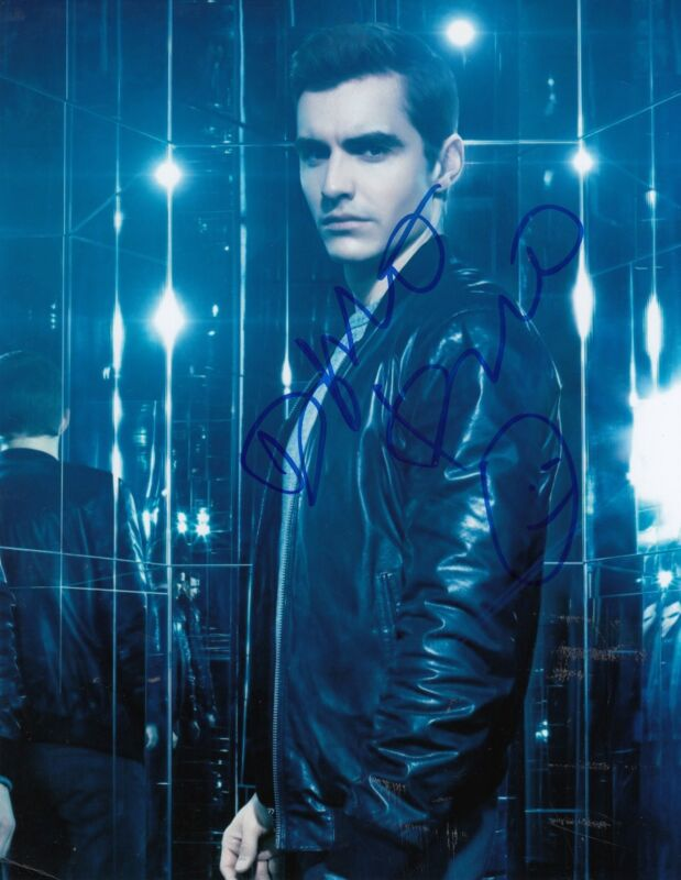 DAVE FRANCO signed *NOW YOU SEE ME 2* movie 8X10 Jack Wilder photo W/COA #2