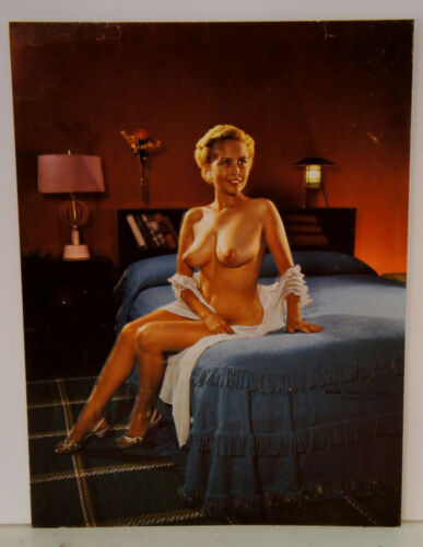NUDE BRONZE THRILLS EBONY PINUP embossed original 1950s print #6134 GIRLY TO BED