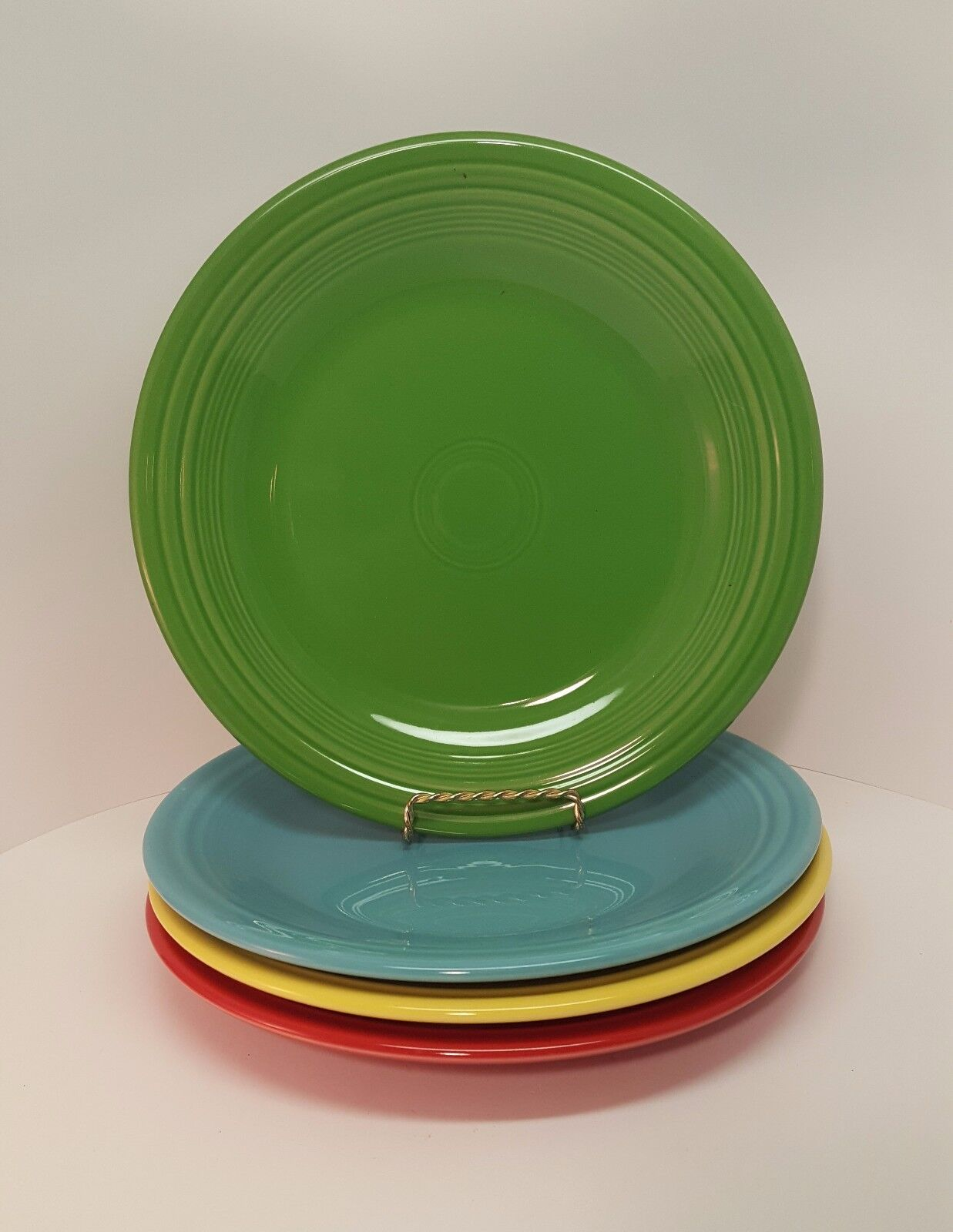 Fiestaware mixed colors Dinner Plate Lot of 4 Fiesta 10.5 inch plates 4C1M7