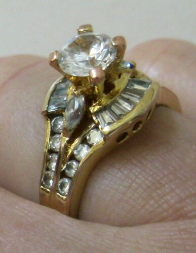 Vintage 18k GE Clear Stones 3D Engagement/Cocktail Band Ring size 8