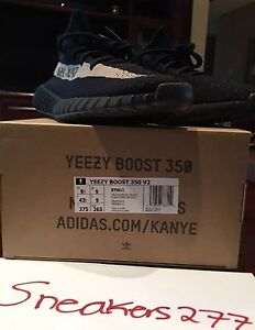 Adidas Yeezy 350 Boost V2 Green Olive Size 9.5