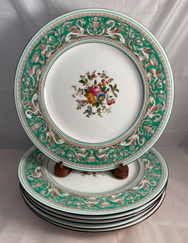 Set 6 Wedgwood FLORENTINE GREEN Dinner Plates with Dragon Design Free Shipping