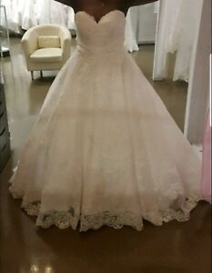 Allure bridal ball wedding gown $900