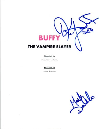 Kristy Swanson & Mark DeCarlo Signed BUFFY THE VAMPIRE SLAYER Script COA VD