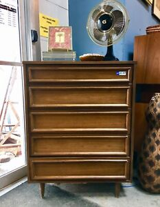 Commode a 5 Tirroirs -Mid Century - 5 Drawer Dresser