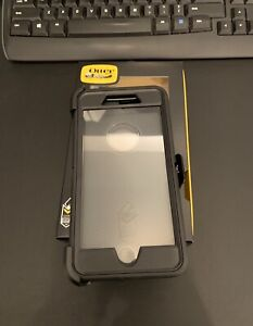 New Otter Box Defender for Iphone 7 plus