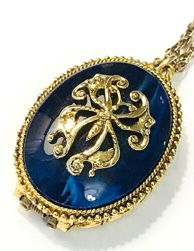 Vintage Max Factor Hypnotique Blue Enamel Solid Perfume Compact Pendant Necklace
