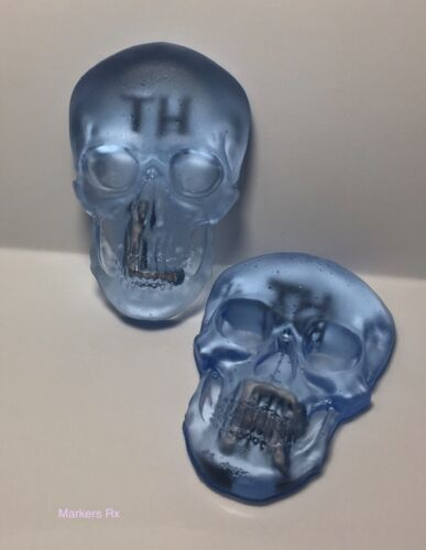 Blue X-ray Markers.1 Custom 3D Skull Marker Set and 1 reusable marker tape.