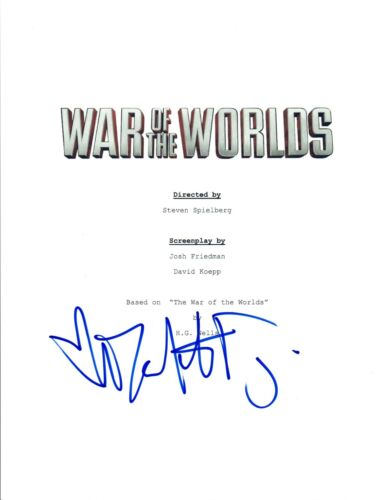 Dakota Fanning Signed Autographed WAR OF THE WORLDS Movie Script COA VD