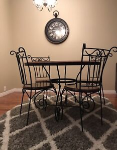 Cast Iron table & 4 chairs