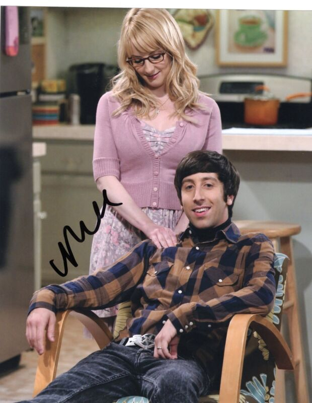 Melissa Rauch The Big Bang Theory Signed 8x10 Photo w/COA #1