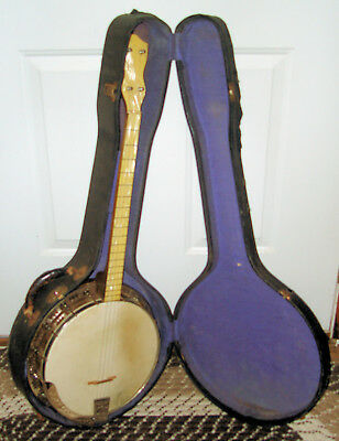 1920's No Name 19 Fret Tenor Banjo. 14  hook W/ Orig Bulls Head Case