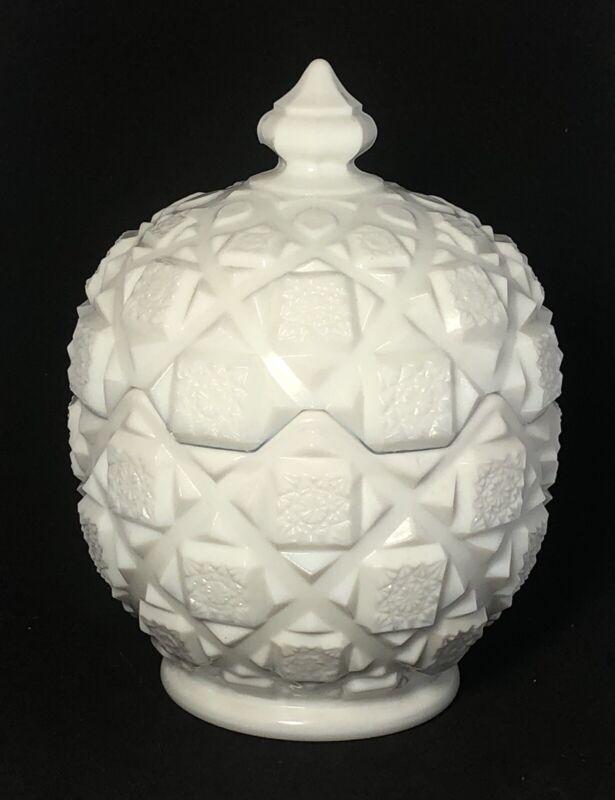 Vintage Mint Westmoreland Egg-shaped Milk Glass Candy Dish Old Quilt Pattern