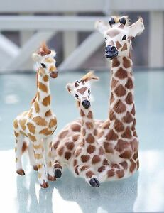 Brown-White-Sculpture-Giraffes-Mother-Sons-9-or-23cm-High-W-Rabbit-Fur