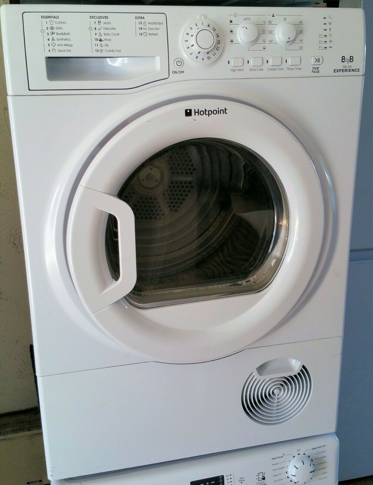 Experience 8kg load Condenser tumble dryer with sensor dry