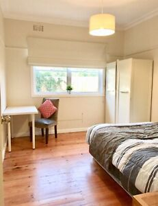 CBD Fringe Clean Cozy Fully Furnished private room. BILLS Incl