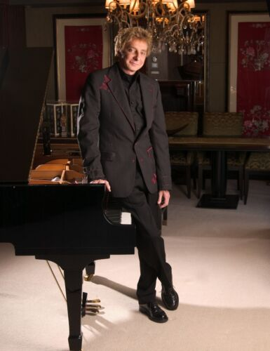 BARRY MANILOW - PHOTO #112