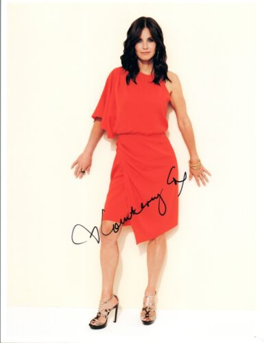 Courteney Cox Signed Autographed 8x10 Photo Cougar Town Friends Hot COA VD